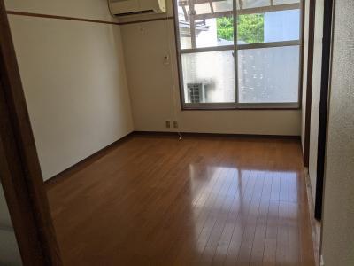 盛岡市内のアパートです。 洋室2部屋。..